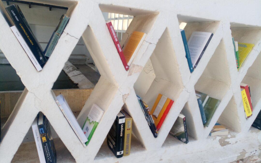 Villar del Olmo ya tiene su primer punto público de intercambio de libros