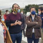 Pablo Iglesias visita en Rivas el Centro de Protección Animal
