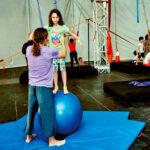 Trapecios, telas o acrobacias:vuelve la escuela de circo