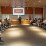 El Consejo de Ciudad renueva la representación vecinal en los consejos de administración de las dos empresas públicas de Rivas
