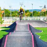 Los jóvenes de Rivas ya pueden probar el Pump track:un circuito para rodar