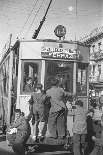 Exposición Yo me bajo en la próxima. 150 años del primer tranvía en Madrid