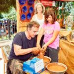 Mercado artesanal en las fiestas de Rivas: un mundo de oficios centenarios